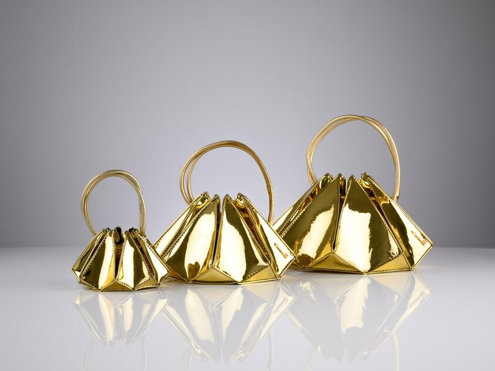 Carat23 Yellow gold
