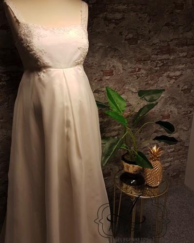 Sweet Amelie positie bruidsjurk