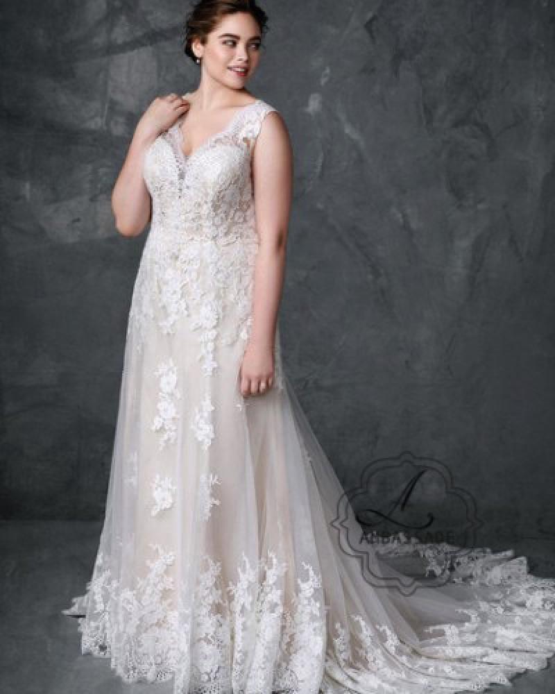 Femme bruidsjurk 3405