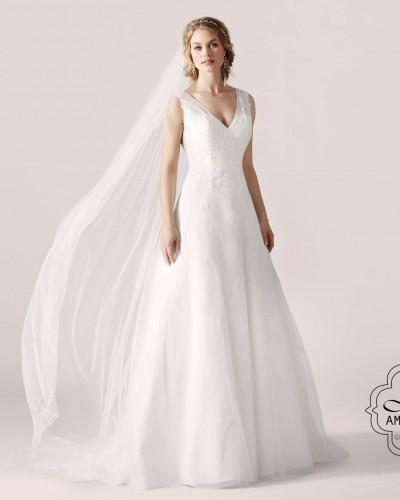bruidsjurk met V-hals en tule rok P2856