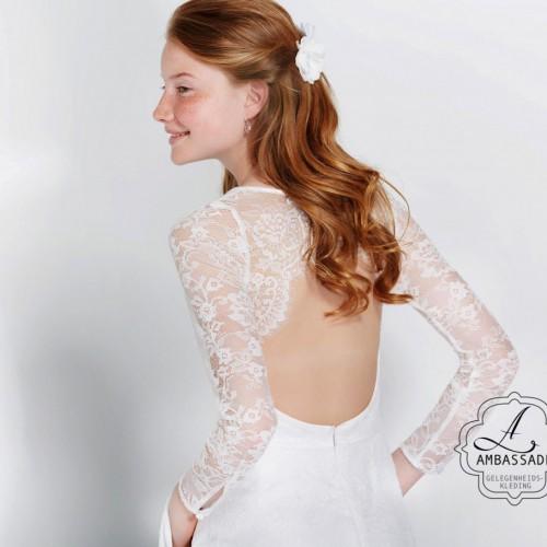 Korte bruidsjurk met lange mouw en lage rug