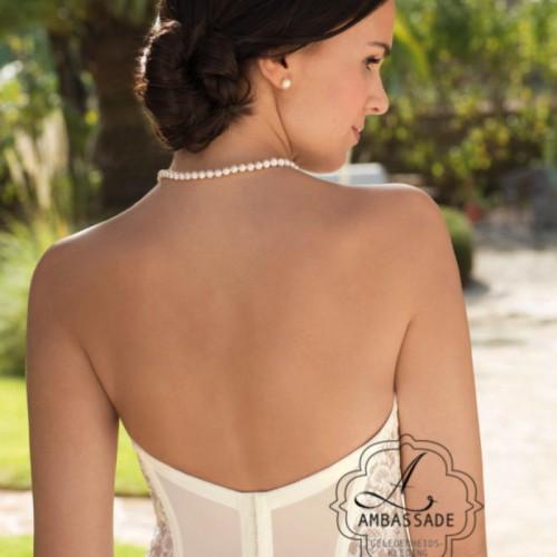 Torselet Di Lorenzo 30312. Vergelijkbaar met 30354 maar dan met lagere rug. Prijs: € 129,95 Liever je jurk meenemen voor het uitzoeken van accessoires? Vraag naar de mogelijkheden voor stijladvies.