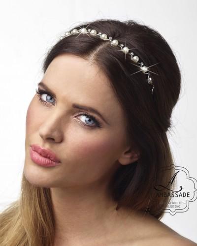 Haarband met steentjes