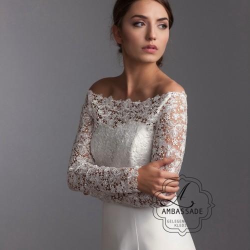 Top voor over je bruidsjurk. Leuk voor bij een bohémien of vintage bruidsjurk. Prijs: € 249,- Liever je jurk meenemen voor het uitzoeken van accessoires? Vraag naar de mogelijkheden voor stijladvies.
