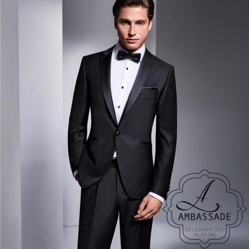 Wilvorst zwarte smoking of Tuxedo met opgereden never in 100% wol kwaliteit .In zowel een classic als slimfit model.