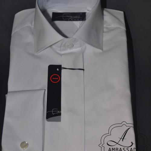 Wit katoenen overhemd om onder een jacquet te dragen.